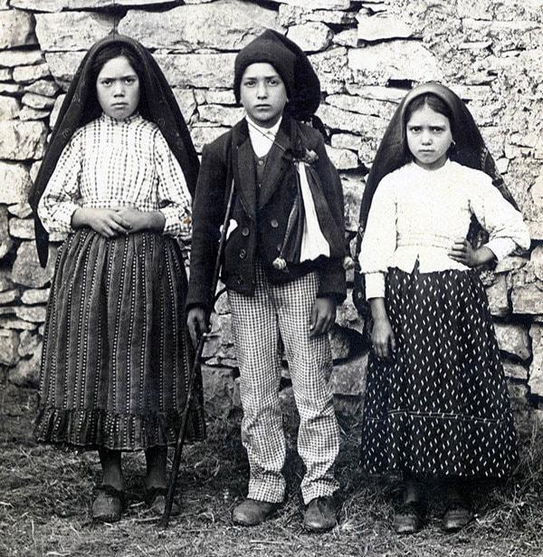 Lucia dos Santos e i suoi cugini Giacinta e Francesco